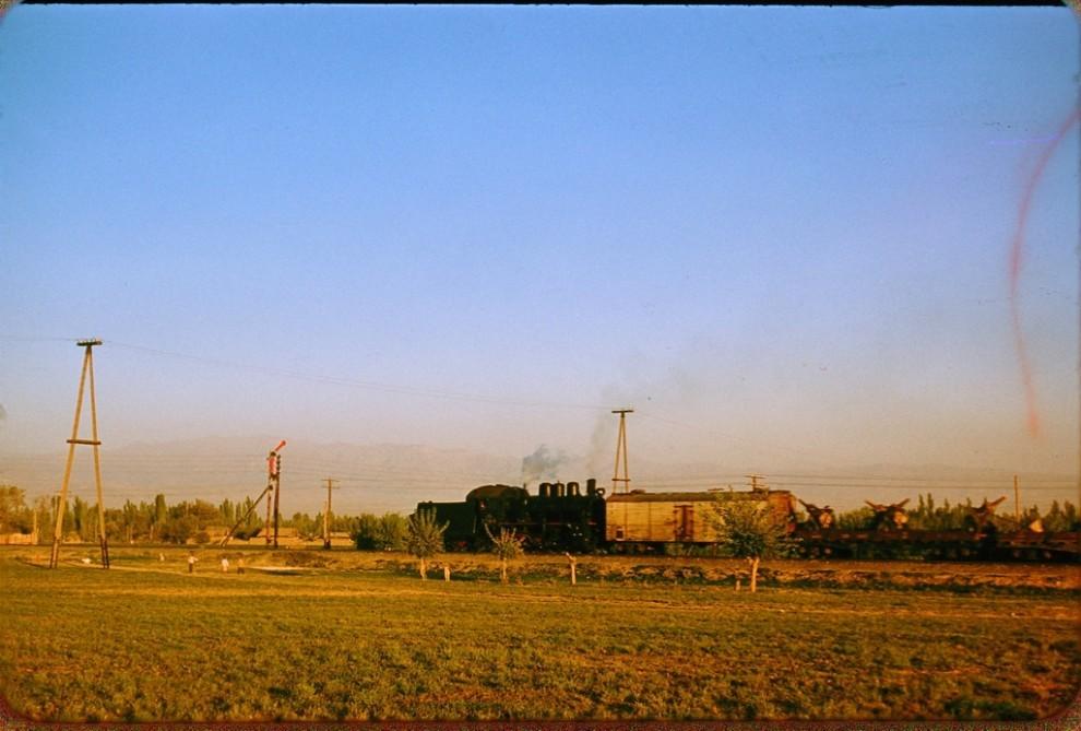 Toshkent, poyezd (поезд под Ташкентом)